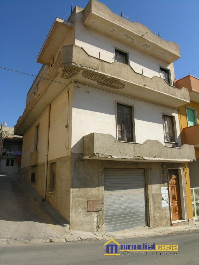 Appartamento in vendita a Pachino, 3 locali, prezzo € 25.000 | CambioCasa.it