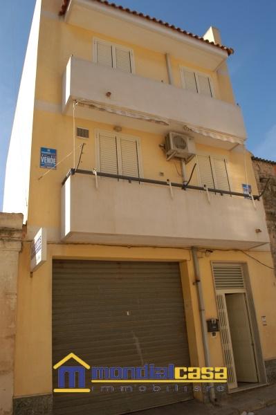 Appartamento in affitto a Pachino, 9 locali, prezzo € 400 | Cambio Casa.it