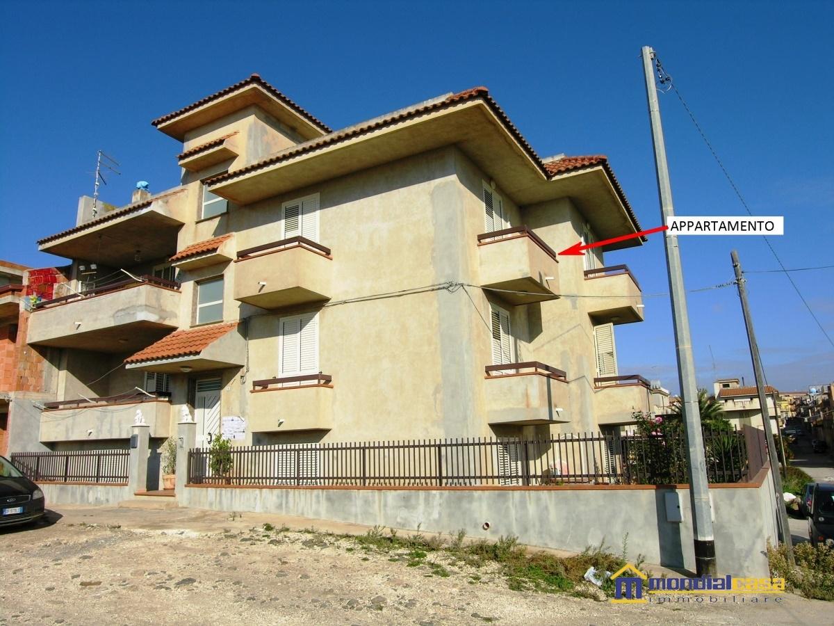 Appartamento in vendita a Pachino, 5 locali, prezzo € 130.000 | Cambio Casa.it