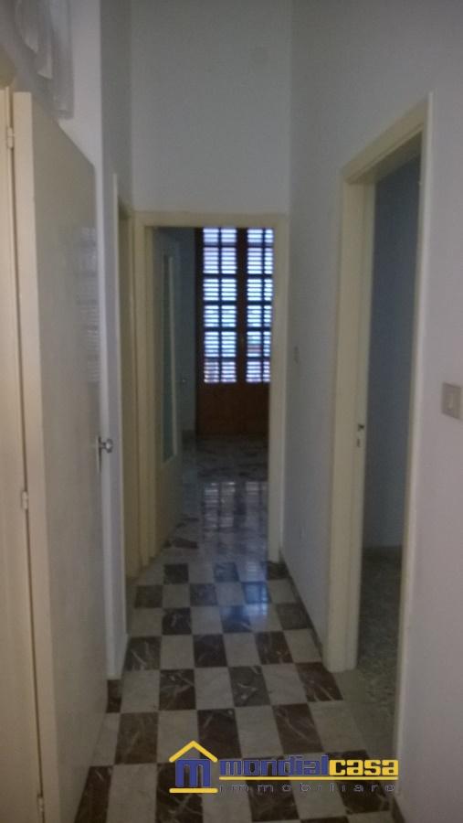 Palazzo / Stabile in vendita a Pachino, 9 locali, prezzo € 220.000 | Cambio Casa.it