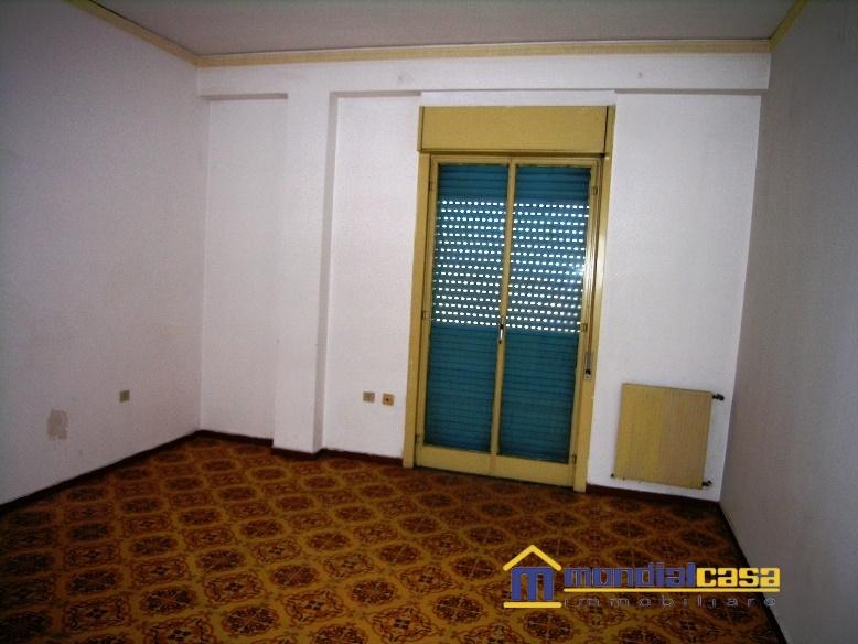 Appartamento in vendita a Pachino, 5 locali, prezzo € 66.500 | Cambio Casa.it