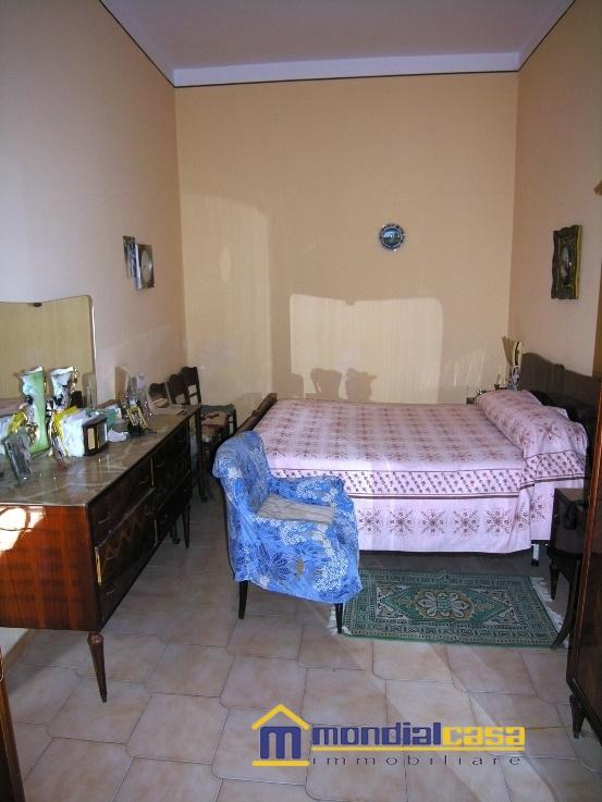 Palazzo / Stabile in vendita a Pachino, 6 locali, prezzo € 80.000 | Cambio Casa.it