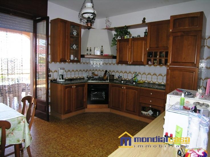 Appartamento in vendita a Pachino, 5 locali, prezzo € 109.250 | Cambio Casa.it