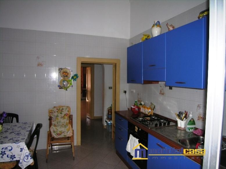 Palazzo / Stabile in vendita a Pachino, 12 locali, prezzo € 159.800 | Cambio Casa.it