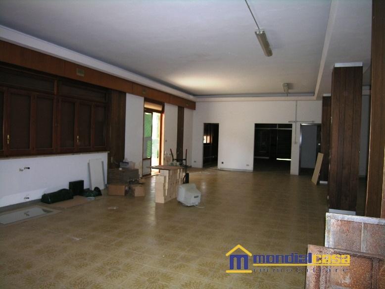 Attività / Licenza in vendita a Pachino, 1 locali, prezzo € 70.400 | Cambio Casa.it