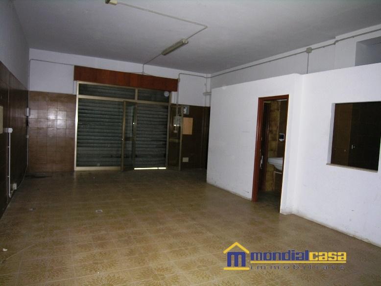 Attività / Licenza in vendita a Pachino, 1 locali, prezzo € 63.000 | Cambio Casa.it