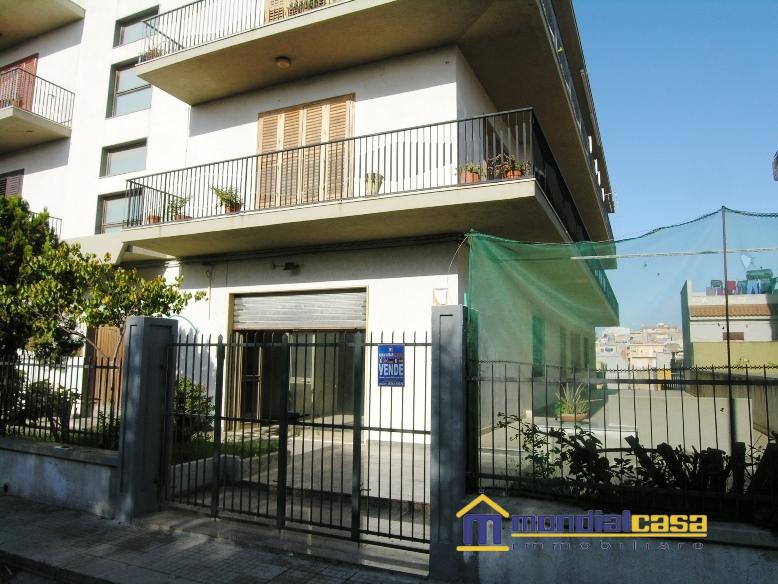 Attività / Licenza in vendita a Pachino, 1 locali, prezzo € 63.000 | PortaleAgenzieImmobiliari.it