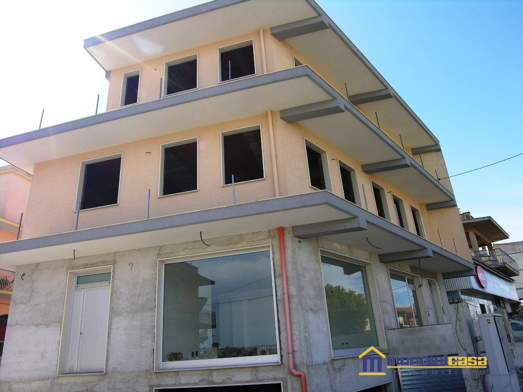 Palazzo / Stabile in vendita a Pachino, 4 locali, Trattative riservate | CambioCasa.it
