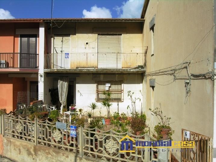 Palazzo / Stabile in Vendita a Pachino