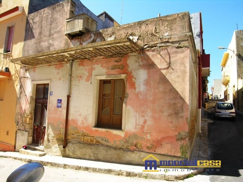 Palazzo / Stabile in vendita a Pachino, 2 locali, prezzo € 13.500 | Cambio Casa.it