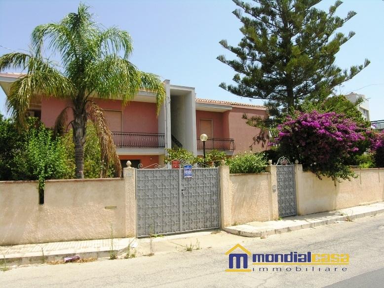 Villa vendita PACHINO (SR) - 7 LOCALI - 250 MQ