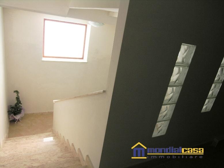 Appartamento in vendita a Pachino, 3 locali, prezzo € 75.000 | Cambio Casa.it
