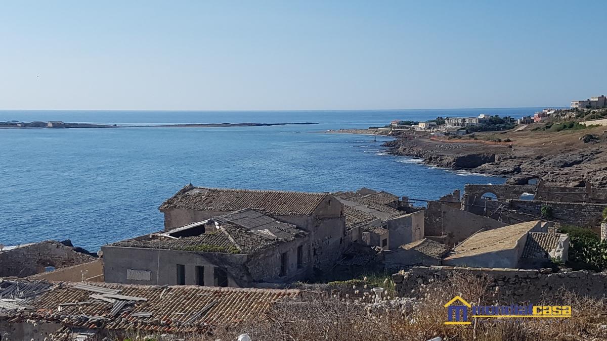 Soluzione Indipendente in vendita a Portopalo di Capo Passero, 4 locali, prezzo € 130.000   CambioCasa.it